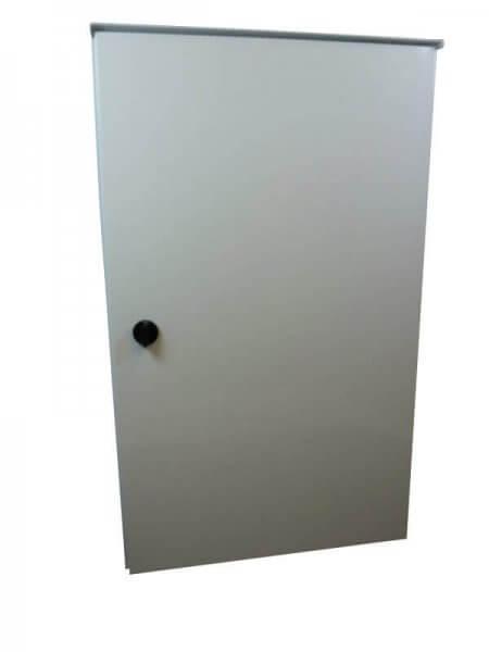 Schutzschrank weiss für zwei KeyBoxen mit Verkleidung